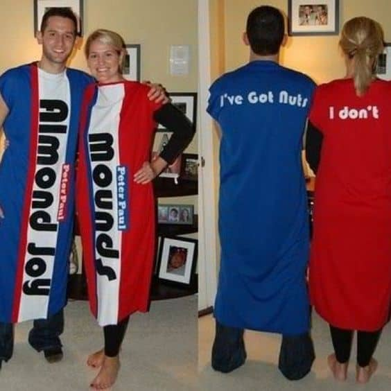 Easy couple halloween costume ideas 32 easy couple costumes to copy if hes not this is still a super cute idea and wouldnt require to much effort to put together and yes that is just a bowl on her head really easy idea solutioingenieria Image collections