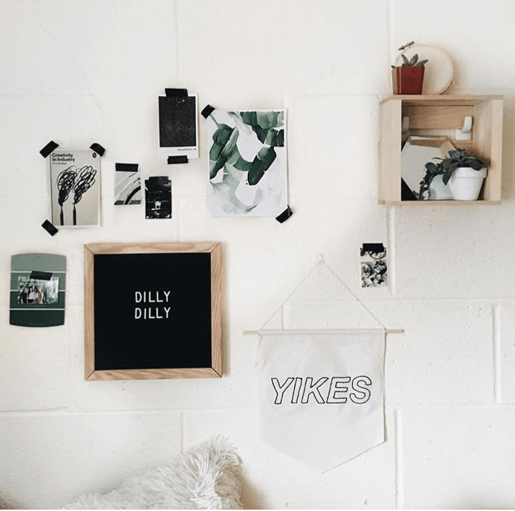Dorm Room Wall Decor | 9 Genius Ways To Decorate Your Dorm Room ...