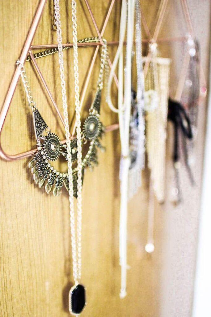 jewelry organizer in college dorm