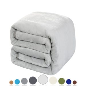 soft blanket for dorm room