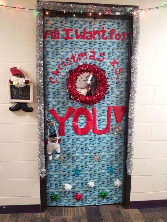 college dorm door christmas decorations