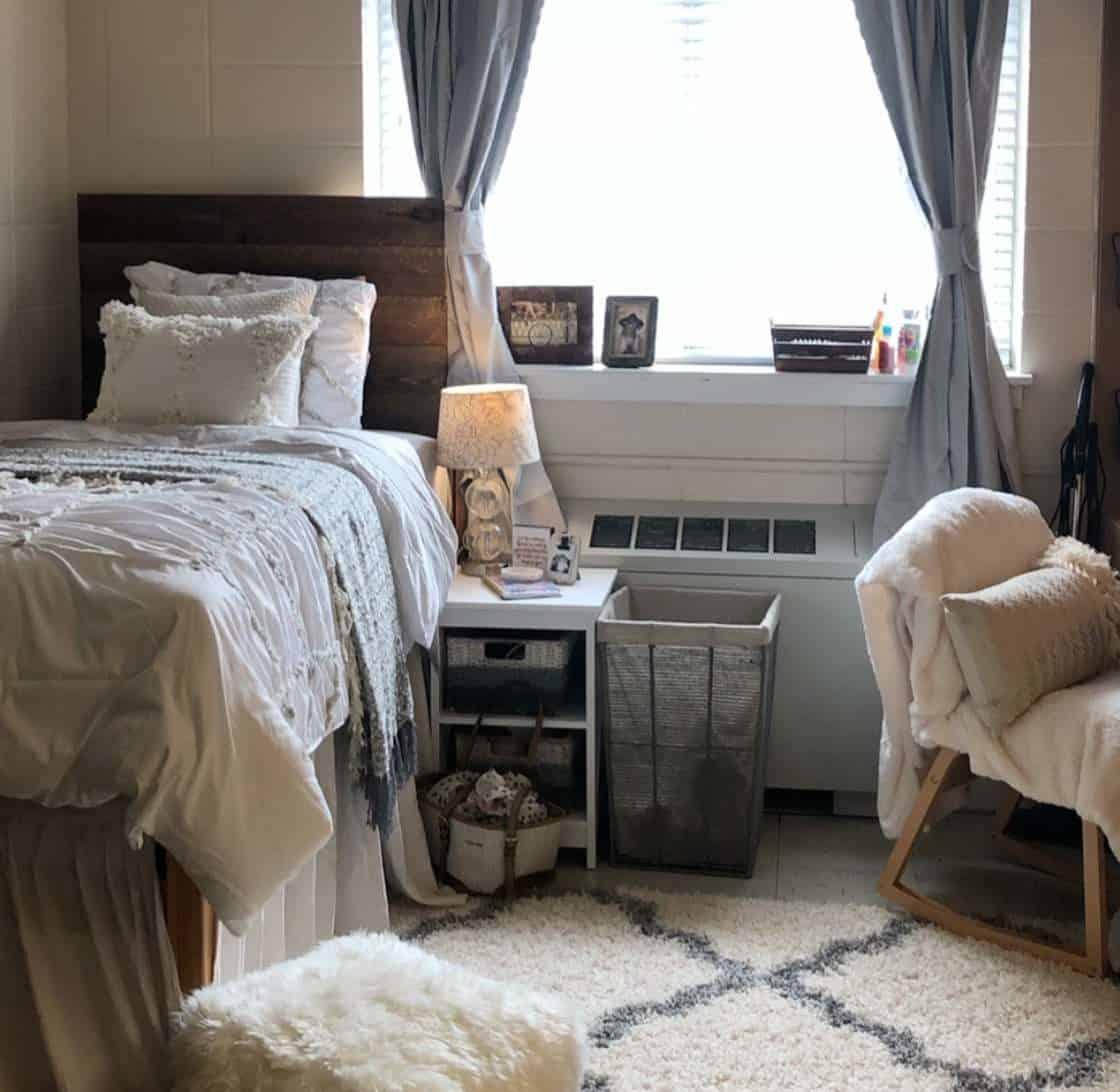 rustic dorm room