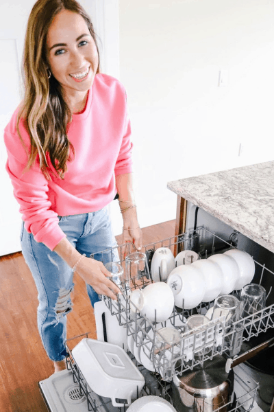 apartment cleaning checklist