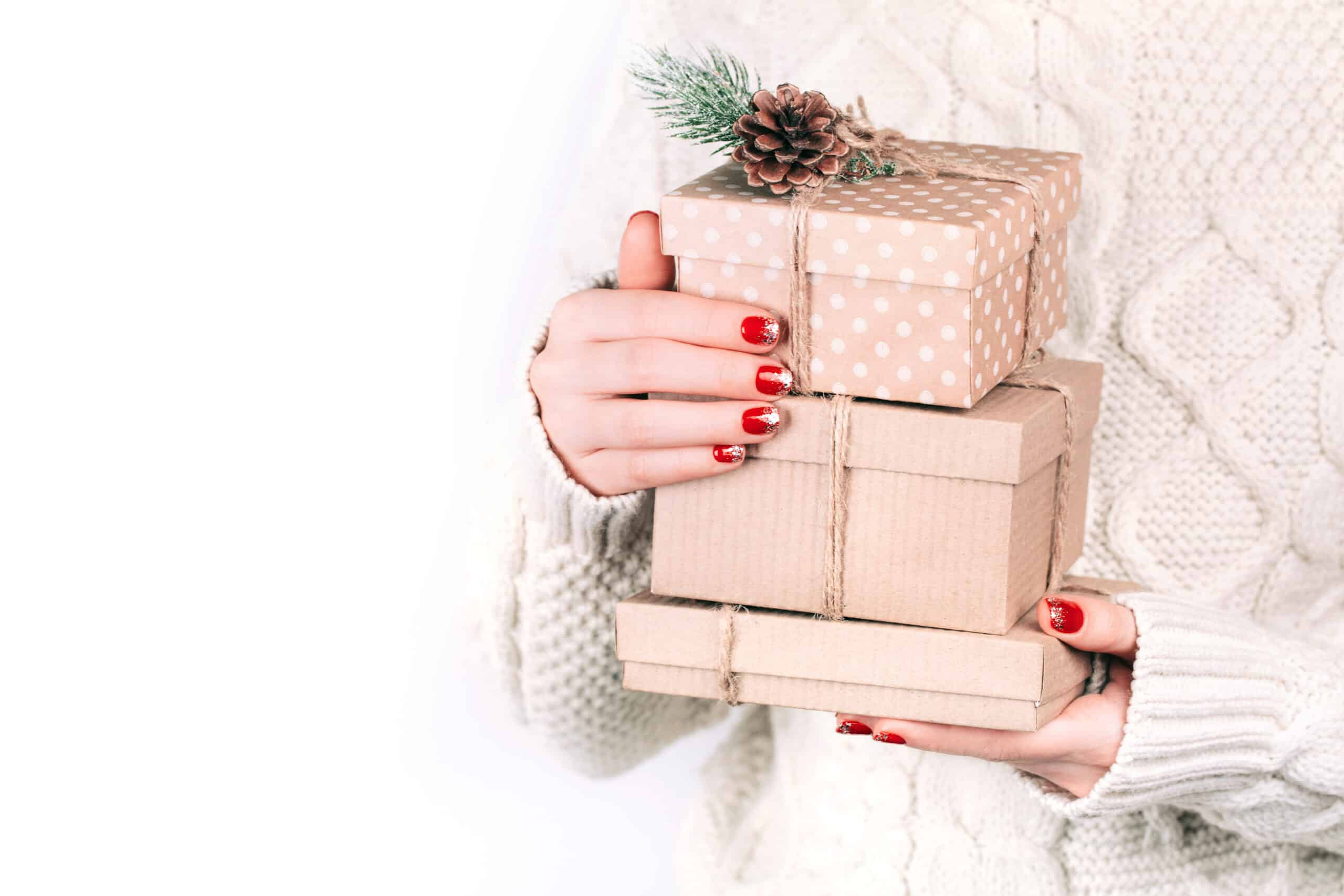 42 Best Christmas Gift Ideas For Mom That Will Make You The Favorite Child By Sophia Lee