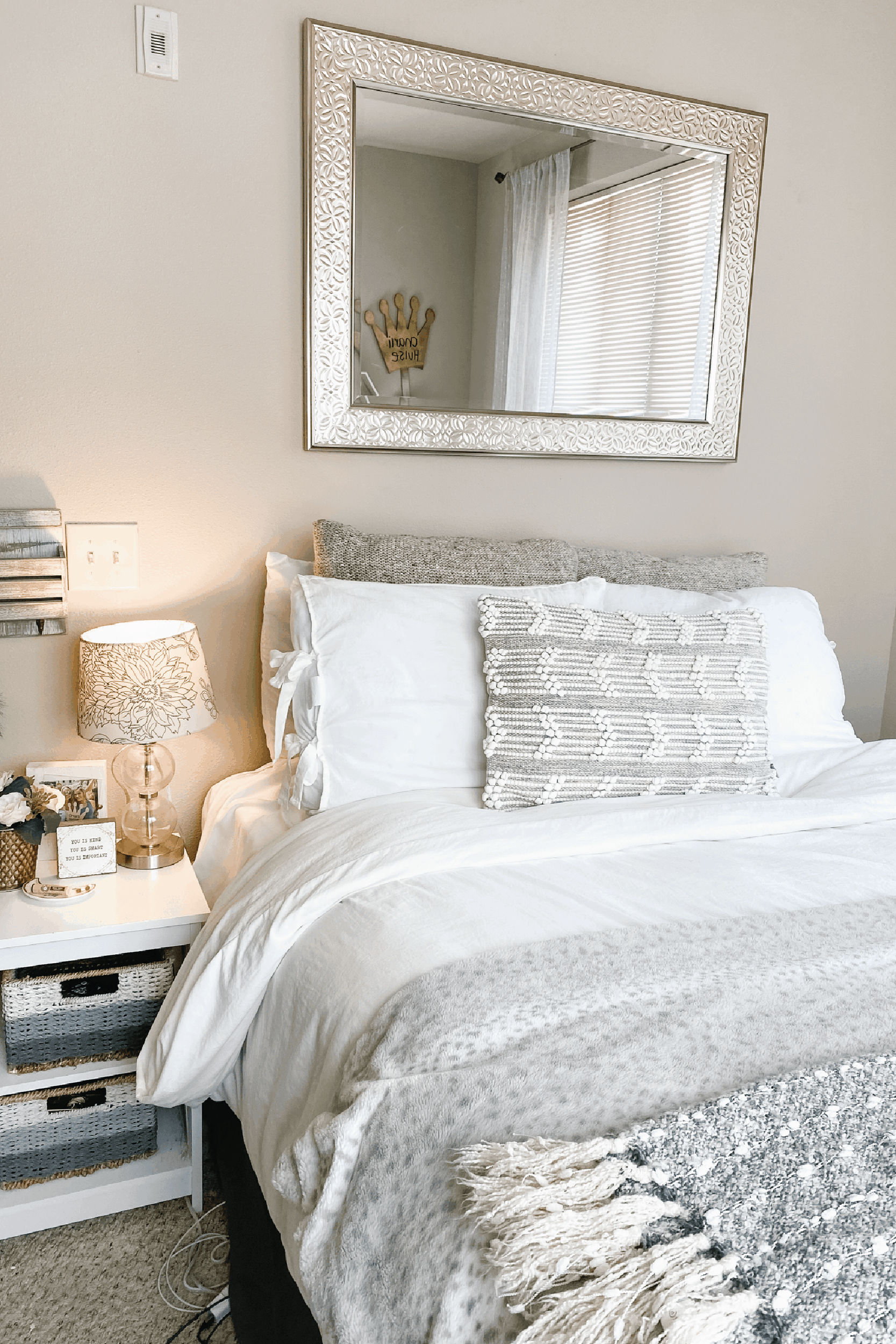 21 Best College Apartment Bedroom Ideas You Need To Use By Sophia Lee