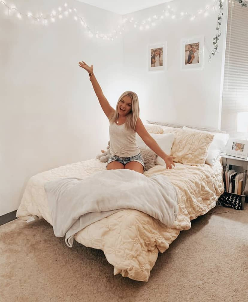 college student bedroom decorating ideas