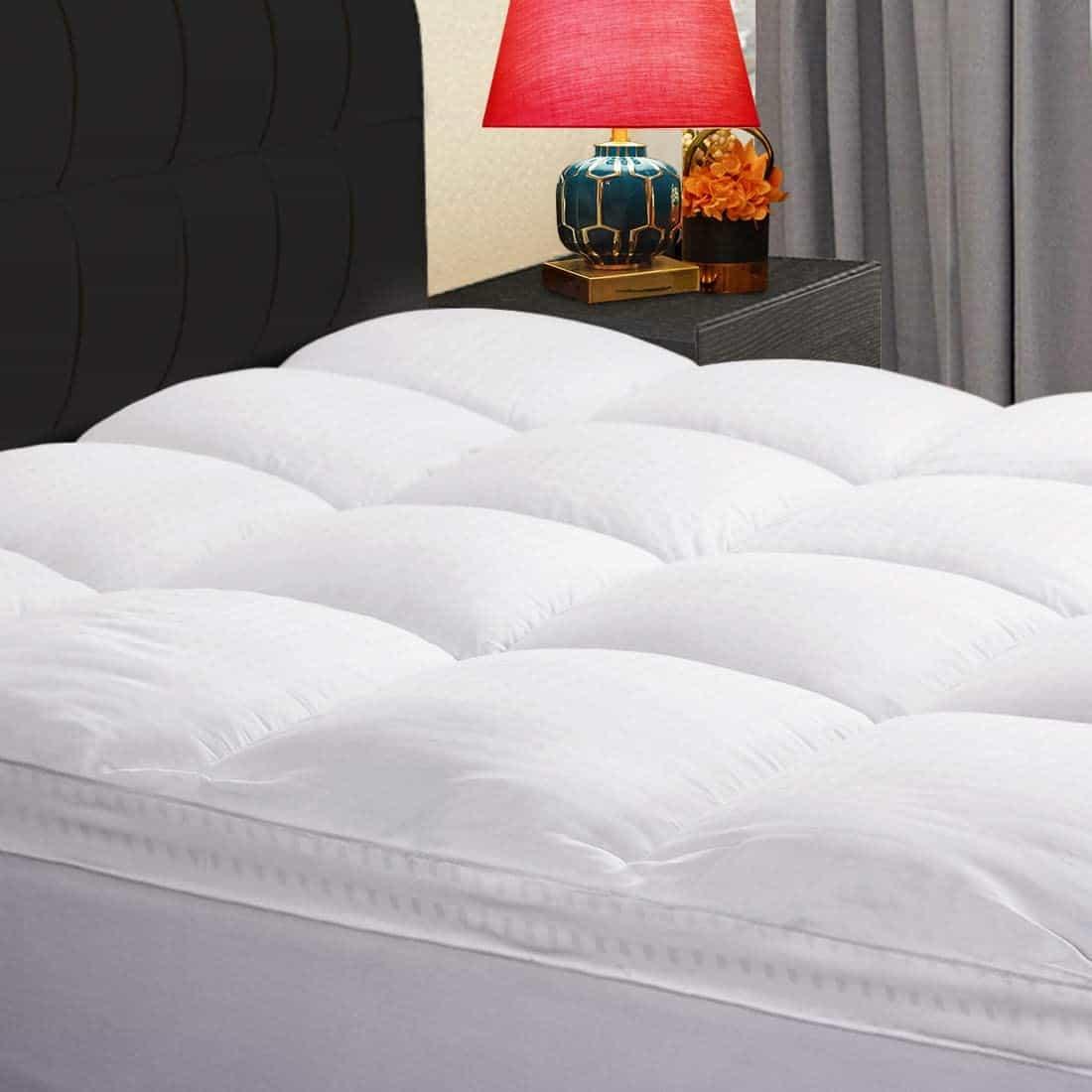 dorm mattress topper