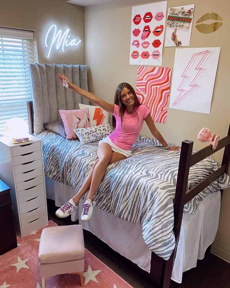 dorm-room-design-before-and-after