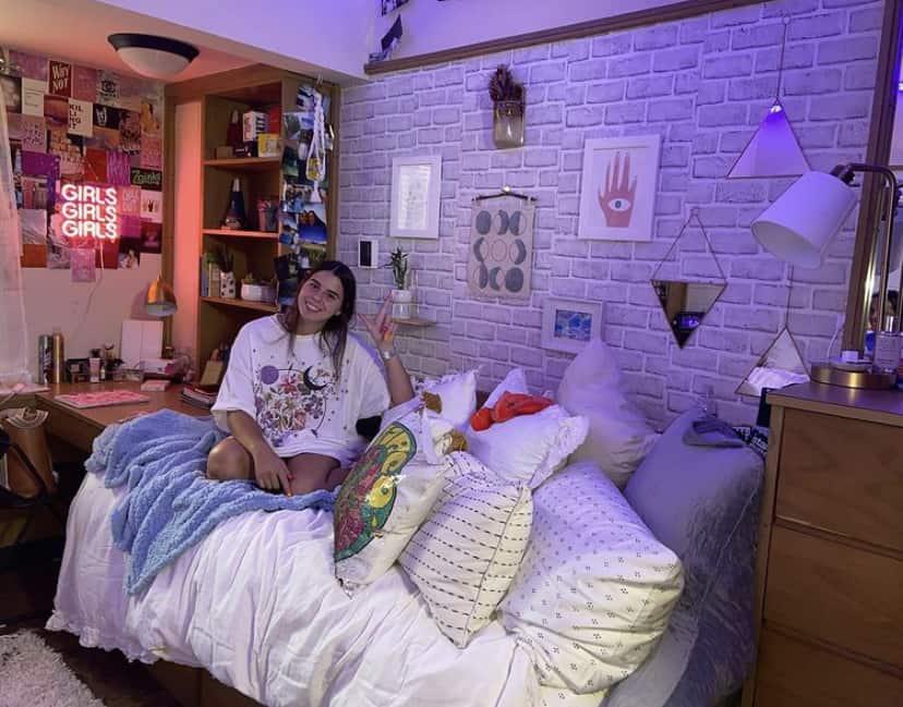 dorm room makeover ideas