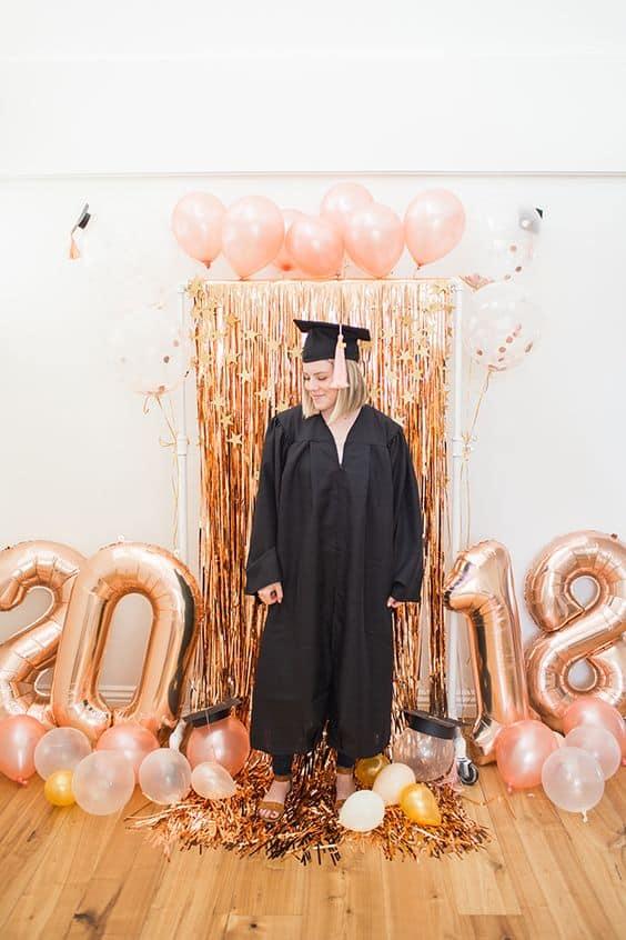 gold graduation party ideas