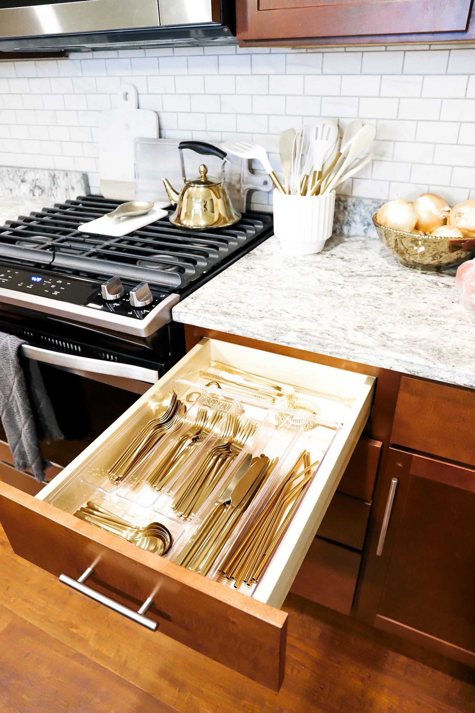 silverware drawer organization
