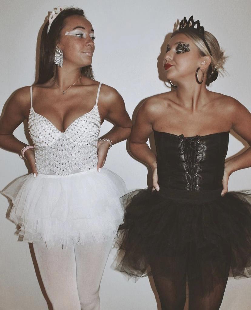 trendy girl halloween costumes