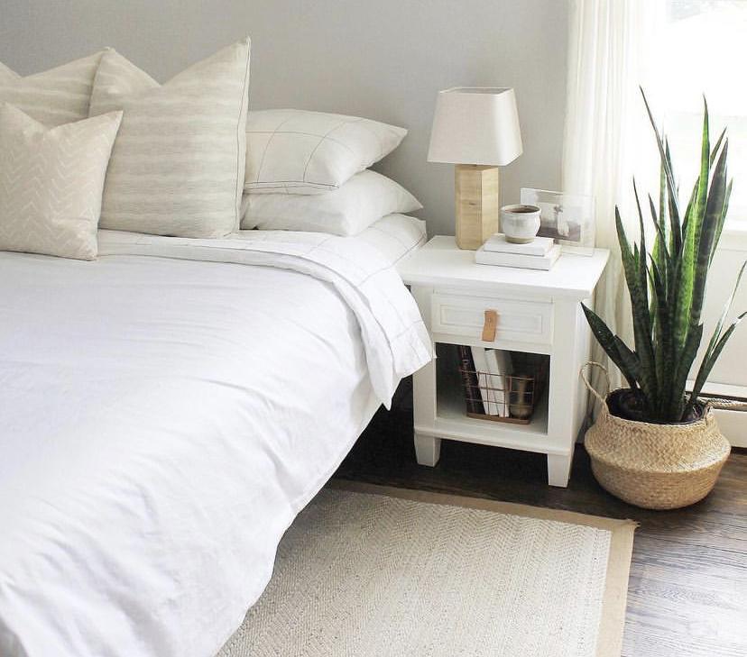 white bedroom inspiration